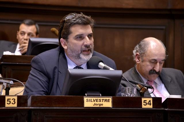 Diputado-Jorge-Silvestre