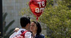 """Hoy es el """"Día de los enamorados"""""""