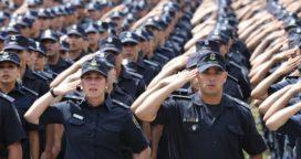 Vidal endurece los controles para la venta de uniformes policiales